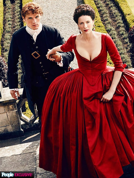 Jamie_Claire_red_dress_outlander-600x800