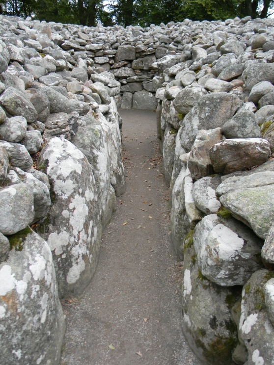 chambered cairn, Clava Cairns, Inverness-shire
