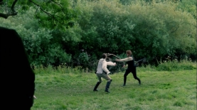 outlander-2x06-best-laid-schemes-1080p-mp4_002941956_jamie-bjr-duel-distance