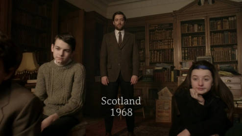 outlander-s02e13-dragonfly-in-amber-1080p-mkv_000172255_roger_kids_library_rectory_caption