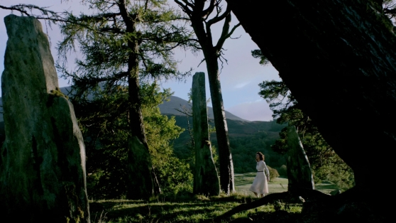 Claire arises bewildered in 1743, ep101. Image STARZ & Sony Pictures Television, via Outlander-Online.com