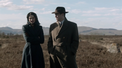 Frank tells Claire Culloden history. Image by STARZ Sony Pictures Television, via Outlander-Online.com