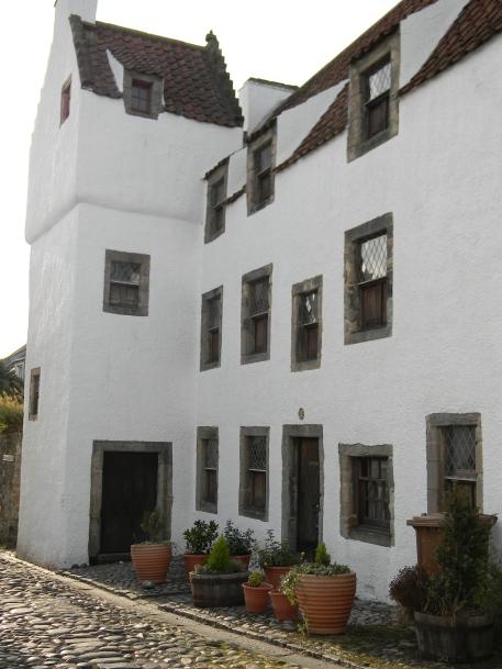 Geillis Duncan's door