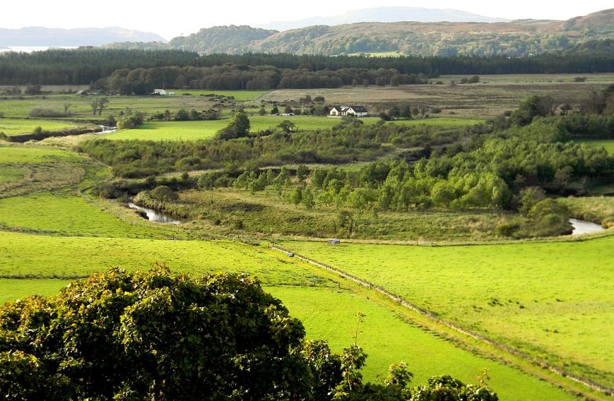 Dunadd-vista-winding-river-field-mountains_edits-2018-10-31_DSCN3419