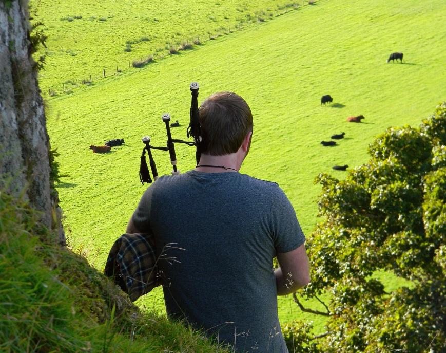 Dunadd-Adhamh-bagpiping-pasture_edits-2018-11-01_DSCN3410